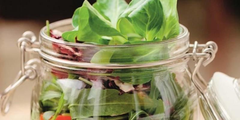 Salada em pote: uma opção saudável e lucrativa
